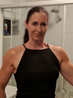 Bodybuilding singles dating site consolidating credit cards into one loan